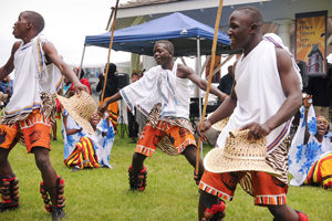 neema-choir-dancers